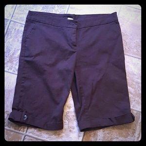Lipstick Boutique Pants - 💖 Brown Capri Pants Bermuda Shorts Lg Knee Length