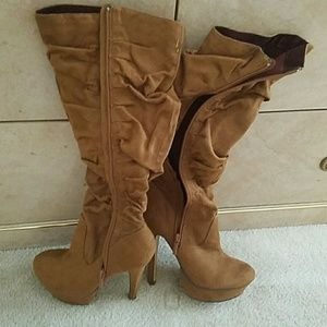 Boots/ only worn once. Great condition