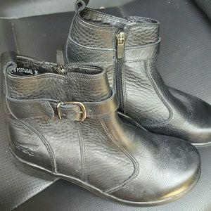 Dansko Shoes - Dansko side zip booties