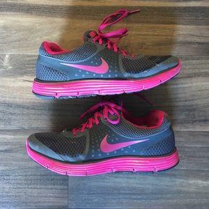 Nike lunarlon shoes