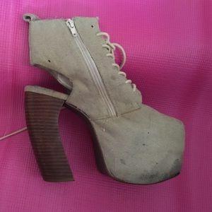 Jeffrey Campbell heels size 8
