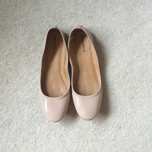 8.5 nude/blush colored ballet flats mossimo