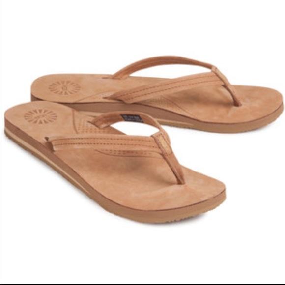 Ugg Kayla flip flop