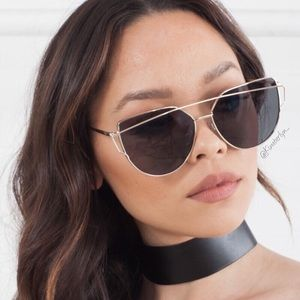 Host Pick Black & Gold Cat Eye Sunglasses