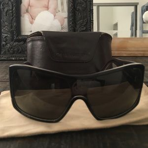 100% authentic Louis Vuitton sunglasses.