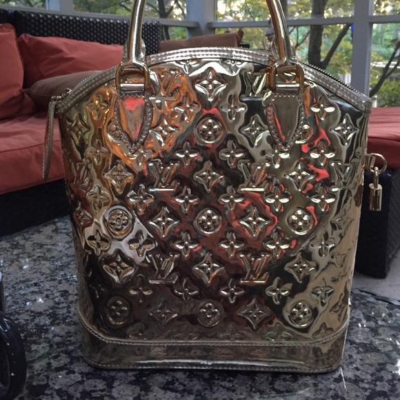161bfed97c40 Louis Vuitton Handbags - LIMITED EDITION 👜 Louis Vuitton