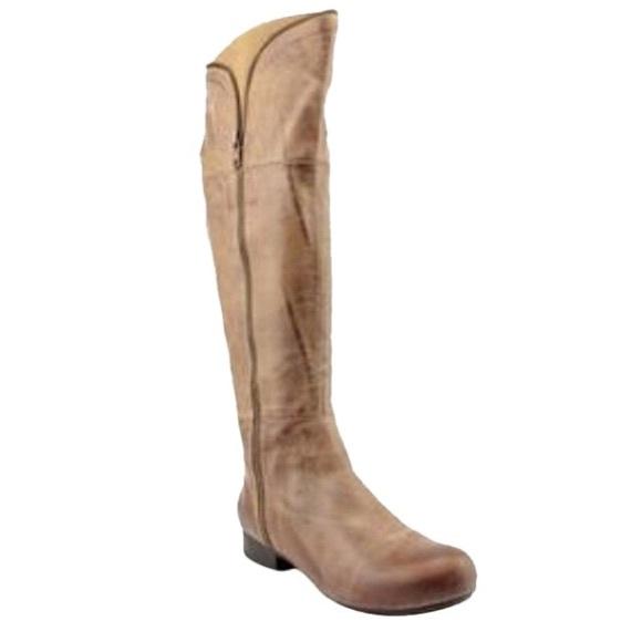 b1d4ad71fa57 Miz Mooz Leigh Boots in Khaki