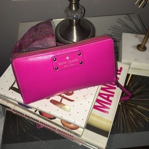 Kate Spade Wellesley Snapdragon Wallet