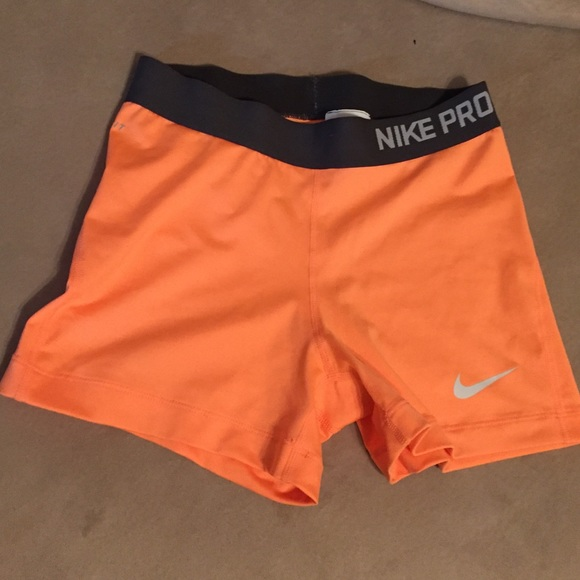 timeless design adcca f9499 Women s Nike Pro compression 3