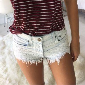LF Pants - LF Carmar mid waisted lace denim shorts