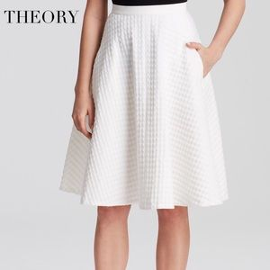 THEORY WHITE TEXTURED WAFFLE SKIRT