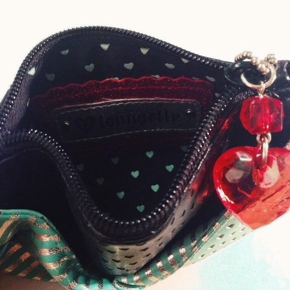 Loungefly Bags - LoungeFly Hearts and Skulls Wallet Purse