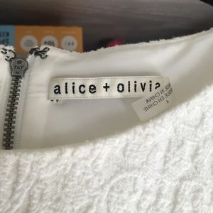 Alice + Olivia Dresses - Alice + Olivia beautiful dress
