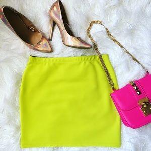 Dresses & Skirts - 💗Neon Green Mini Skirt💗