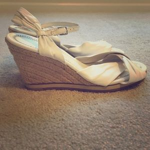 ANTONIO MELANI Shoes - MOVING SALE Antonio Melani white wedge heels.