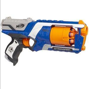 Nerf N-strike Elite Strongarm blaster & Extra ammo