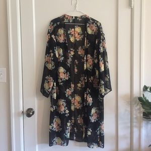 Sweaters - Lovely printed kimono