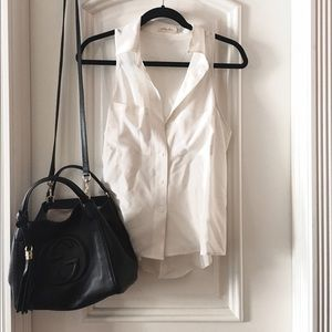 Sleeveless White Collared Blouse