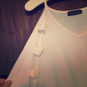 Tops - Long sleeve cut out top