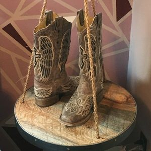 Shoes - Corral Cross With Wings Boots