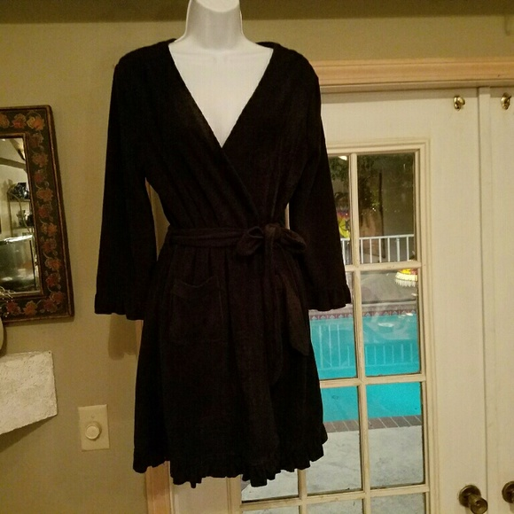 0f5265787e CHARLOTTE JET BLACK ROBE BRAND NEW WITH TAGS