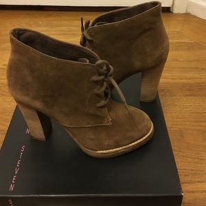Steven Steve Madden lace up booties