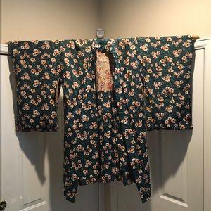 Jackets & Blazers - Vintage silk kimono