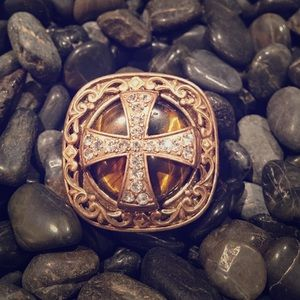 Jewelry - Stretchy cross ring with tigers eye and Swarvoski