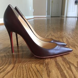 Christian louboutin brown nude pump in 40.5