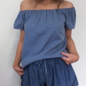 Atid Clothing Tops - Carmine Off the Shoulder Top