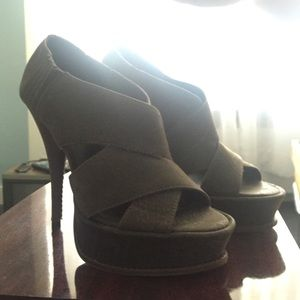 New Elizabeth and James Platform Heels