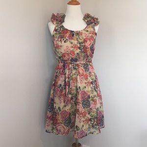 Angie Dresses & Skirts - Floral Dream Dress!