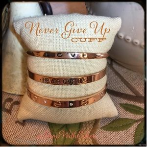 NEVER GIVE UP RG Inspirational Mantra Cuff