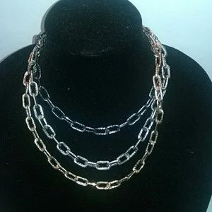 Jewelry - Tri -chain link necklace