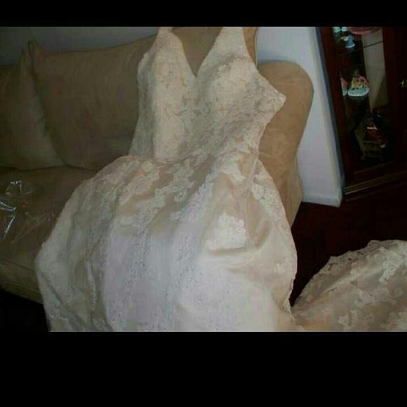 Dresses Plus Size Halter Wedding Gown Wtiara And Veil Poshmark