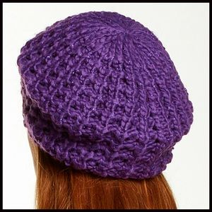 bfb96a32723 Catherine Malandrino Accessories - ❗1-HOUR SALE❗CABLE KNIT BERET BEANIE Hat