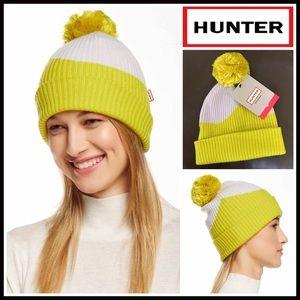 Hunter Accessories - ❗1-HOUR SALE❗HUNTER ORIGINAL Beanie Pom Pom Hat