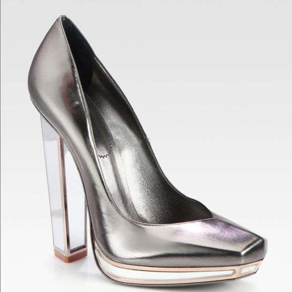5afc21a0d48 YSL Vitellino Silver heels 39 9 NEW IN BOX