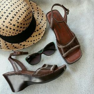 Naturalizer Shoes - Brown anklestrap wedge sandals