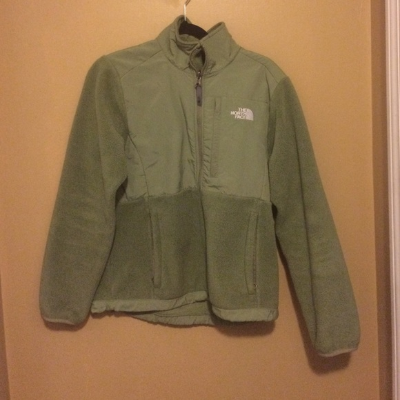 The North Face Jackets & Blazers - Closet clean out!! North Face Jacket