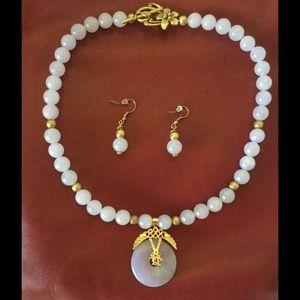 Lucky Jade Jewelry - JADE Choker Necklace & Earrings Set