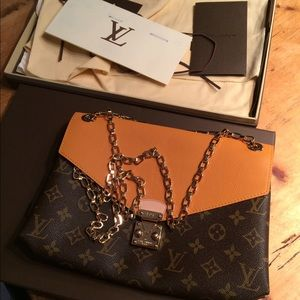 59edb5021a72 Louis Vuitton Bags - Authentic brand new Louis Vuitton Pallas Chain