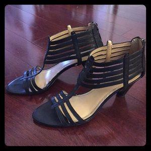 Nine West Shoes - Nine West Black T-strap sandals heel 8.5