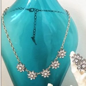 Chloe + Isabel Jewelry - Mirabelle Petite Collar Necklace