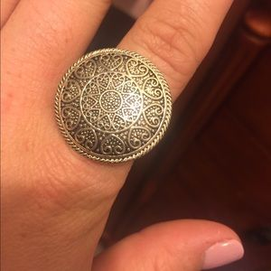 Jewelry - Silver costume ring, 7