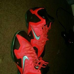 Nike Shoes   Lebron 11 Superhero   Poshmark