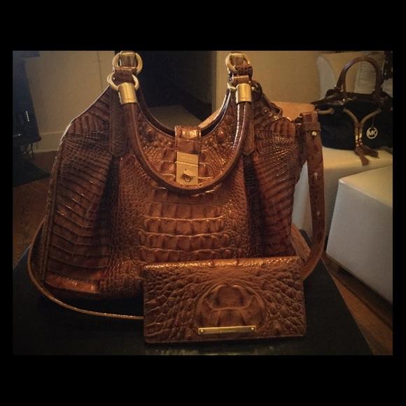 Restoration Hardware Outlet Irvine: A Beautiful Elisa Handbag Wallet