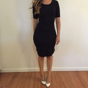 Dresses & Skirts - Black Curved Hem Midi Dress
