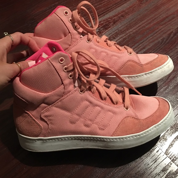 cf913c266eee Adidas Shoes - High top light pink Adidas sneakers! Size 7!