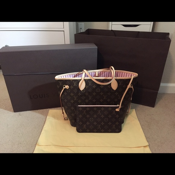 811ba7b8fdd6 Louis Vuitton Handbags -  NFS  Louis Vuitton Neverfull MM Rose Ballerine